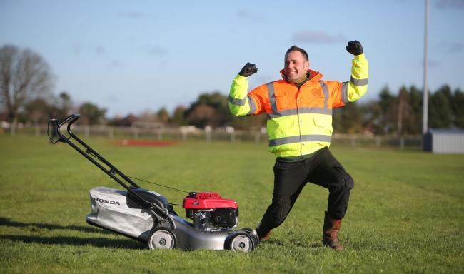 UPDATE: Christchurch gardener sets new record mowing with Aspen Alkylate Fuel